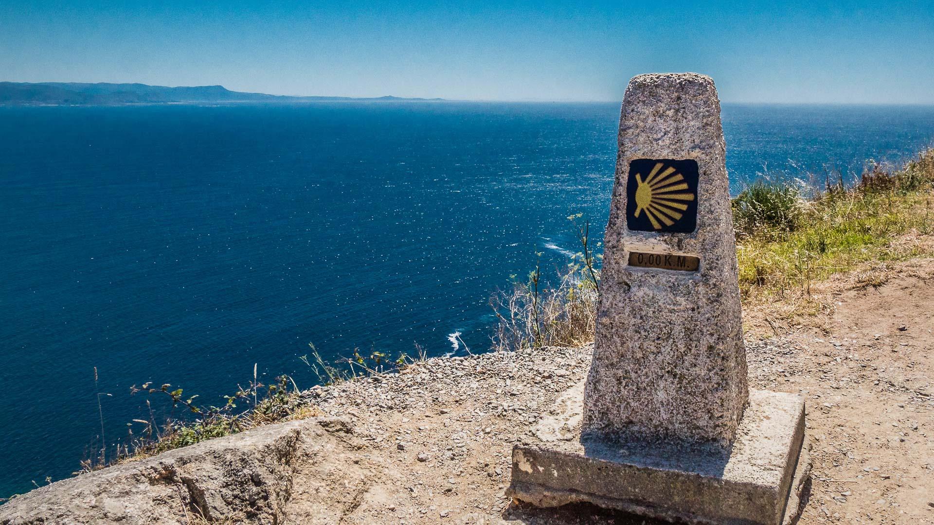 E-Velo Reisen entlang des Jakobweges - am Kap Finisterre war früher die Welt zu Ende, hier ist auch ein weiterer Endpunkt der Reise für viele Pilger