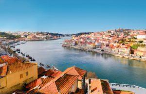 E-Bike Reisen entlang des Jakobsweges - Porto mit Blick auf den Douro