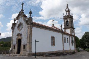 E-Velo Reisen entlang des Jakobweges - eine typische Portugiesische Kirche auf dem Jakobsweg