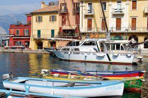 E-Bike Radreisen am Garadsee - Hafen von Malcesine