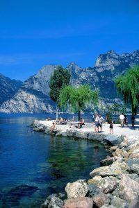 Radtouren Gardasee - Strand bei Riva am Gardasee