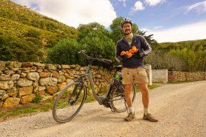E-Bike Ratgeber - Reise durch Andalusien-geschenkte Orangen