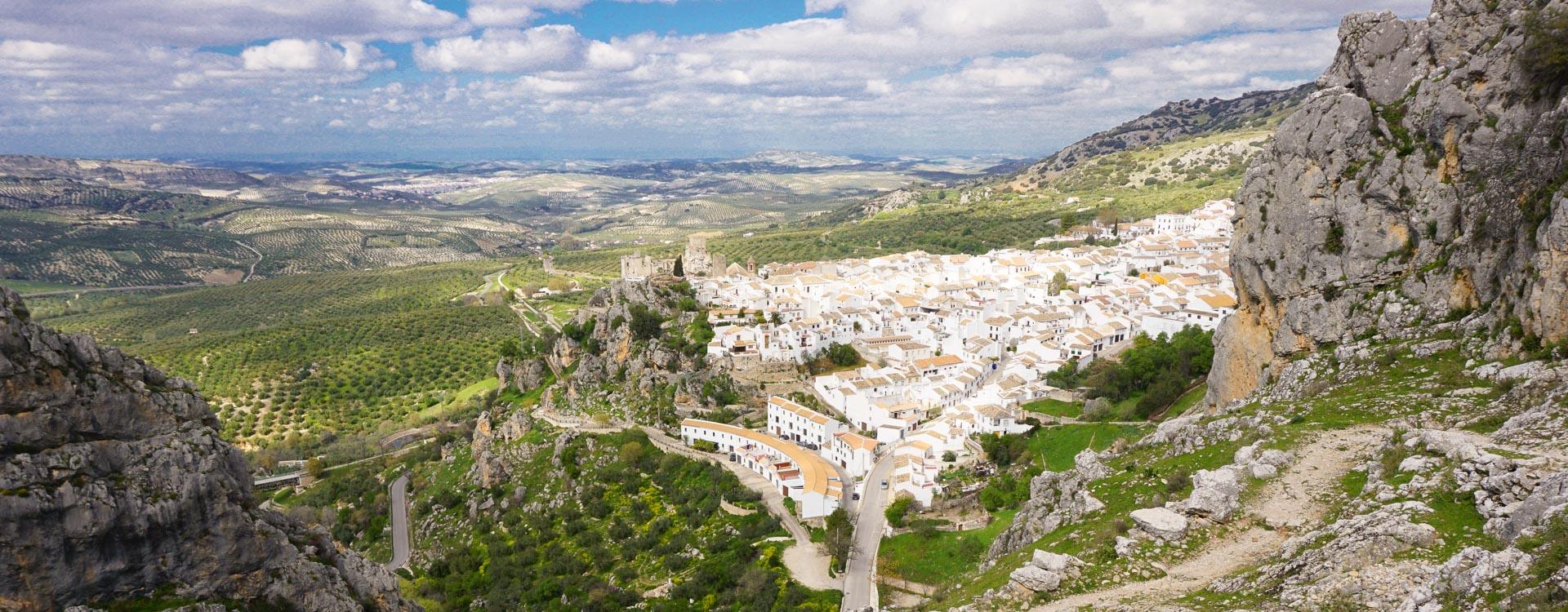 Andalusien Sehenswürdigkeiten: E-bike Reise Andalusien Zuheros