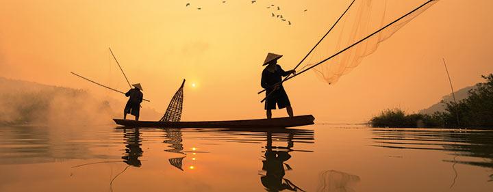 Thailand Sehenswürdigkeiten - Flussfahrt auf dem Mekong - Entdecken Sie Thailand mit Belvelo